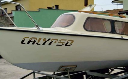 Remont kadłuba jachtu żaglowego typu Raja